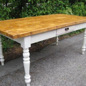 Große Tische